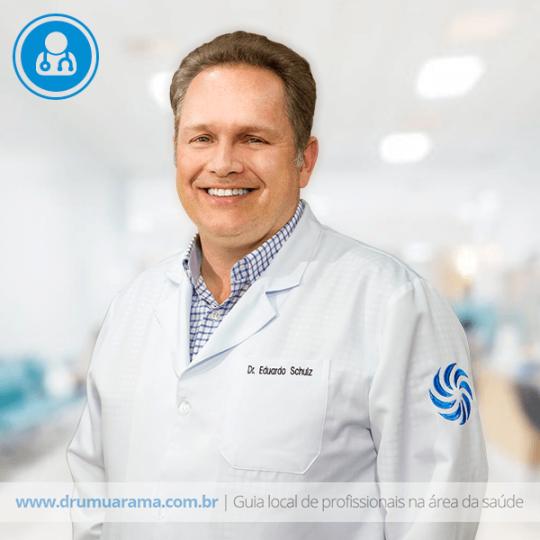 Dr. Eduardo Schulz